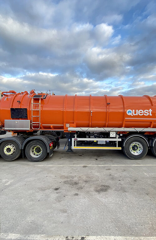 Thecapacity of our articulated tankers allow us to attend and complete projects as efficiently as possible