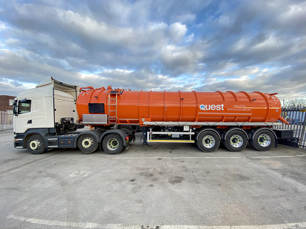 The capacity of our articulated tankers allow us to attend and complete projects as efficiently as possible
