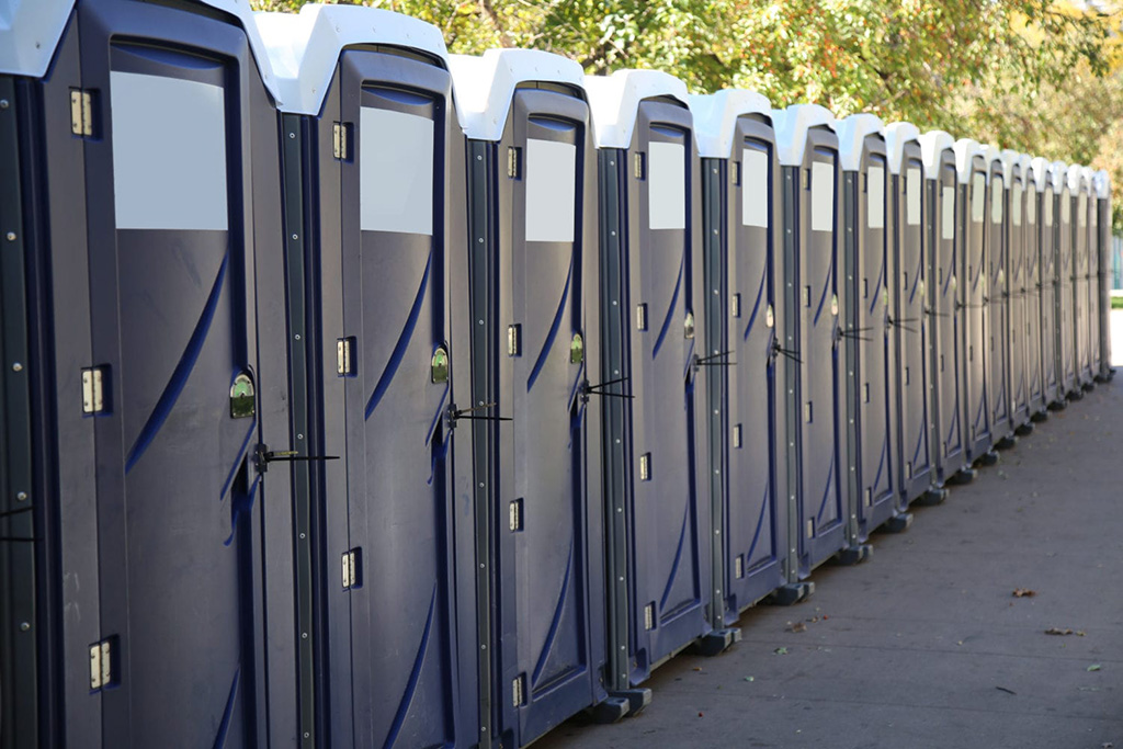 Portable Toilet Hire in Yorkshire   Quest Waste Management